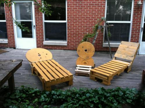 Pallet chaise lounges